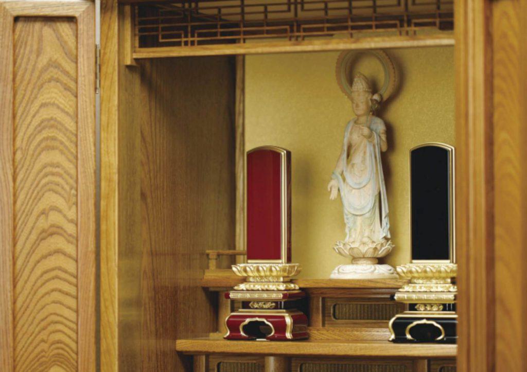位牌の置き方【正しく仏壇に配置するには?】
