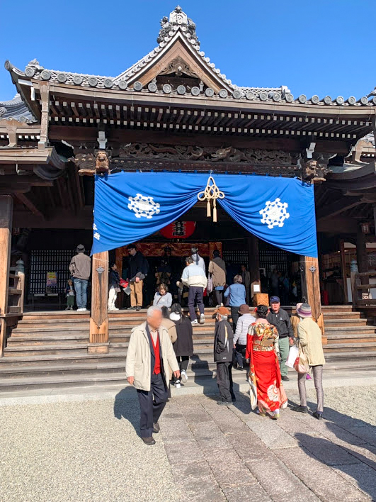 岡寺山継松寺の本堂