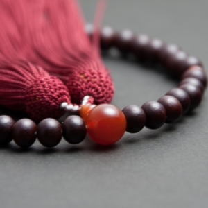 念珠の素材紹介 − 瑪瑙